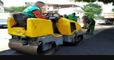 Ação para recuperar o asfalto de Queimados