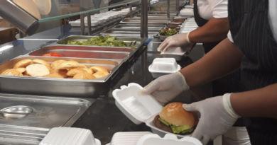 Mesa Brasil Sesc RJ irá distribuir hambúrgueres em Nova Iguaçu