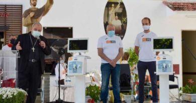 Papa Francisco doa respiradores e ultrassons para hospitais no Brasil
