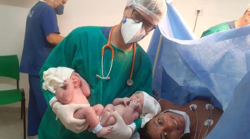Maternidade de Queimados celebra o primeiro nascimento de gêmeos