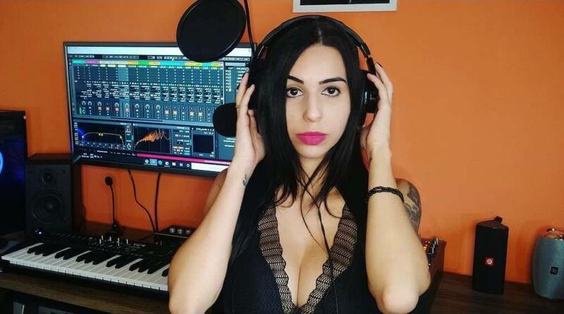O Rock Oculto entrevistou a grande cantora e compositora paulista, de pop rock Ani Belle.