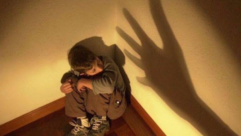 criança agressão