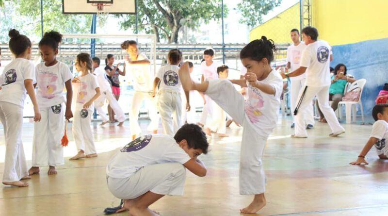 Celebração da parceria ComCausa e Capoeira Brincante